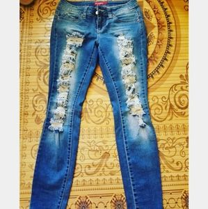 YMI distressed skinny jeans with rips